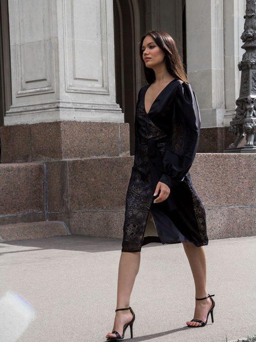 удобное черное платье