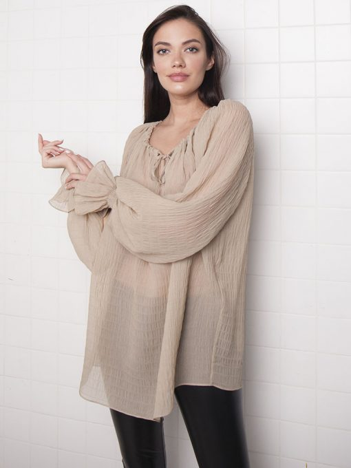 шелковая полупрозрачная блузка